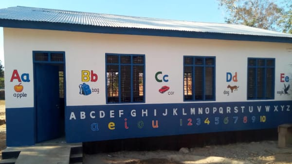 Celebrating the opening of Mkunwa pre-primary